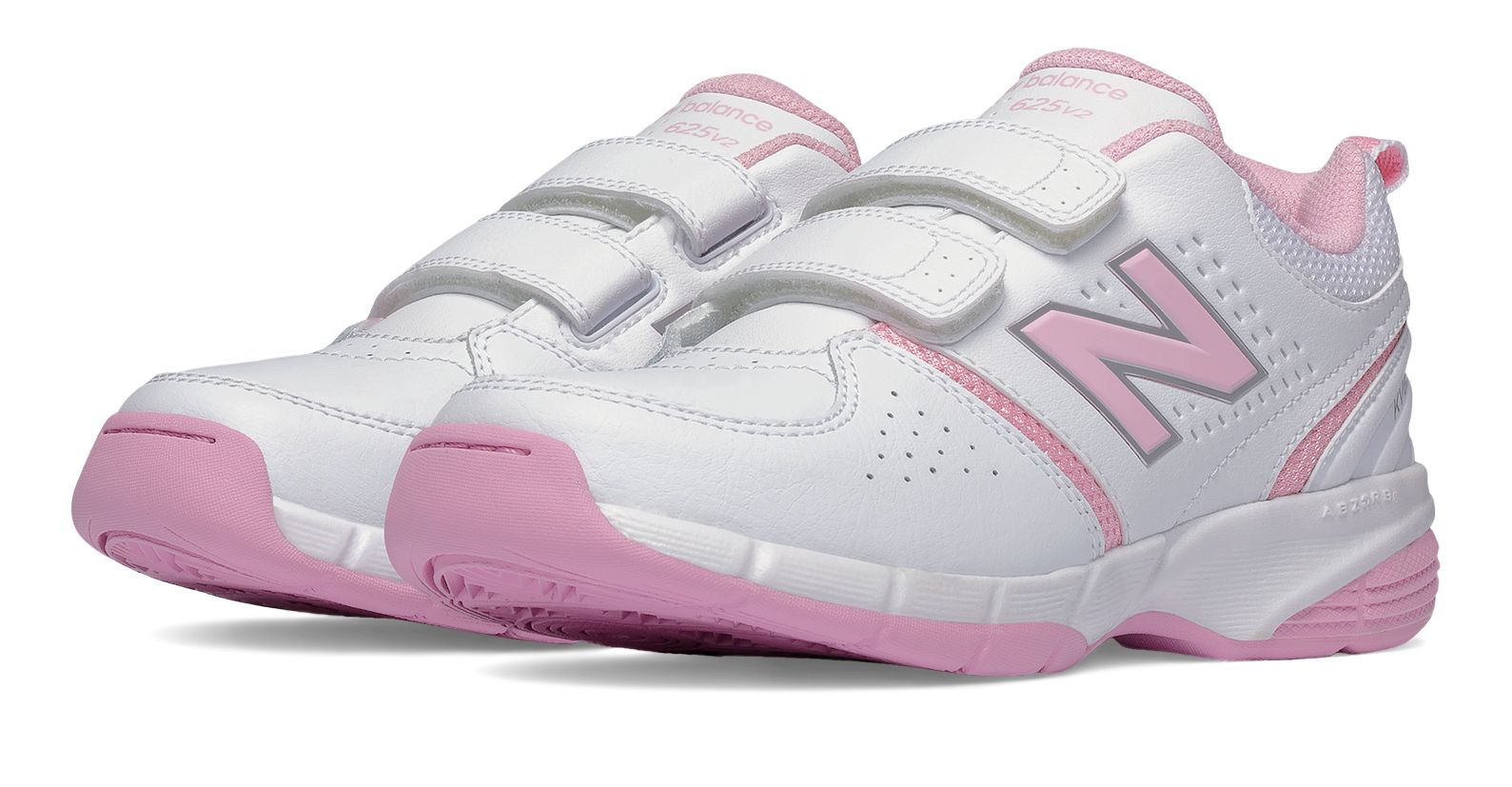 26a8ba1410ed Fitness Mania – New Balance 625 Hook and Loop Girl s Primary School Cross  Training Shoes