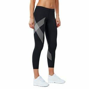 Fitness Mania - 2XU Compression Womens 7/8 Tights - Black/Striped White