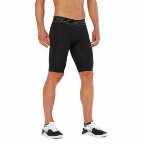 Fitness Mania - 2XU Accelerate Mens Compression Shorts - Black/Arrow Stripe Nero