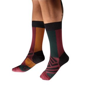 Fitness Mania - On Mens Running High Socks - Mulberry/Pecan