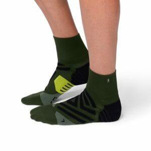 Fitness Mania - On Mens Running Mid Socks - Jungle/Lime
