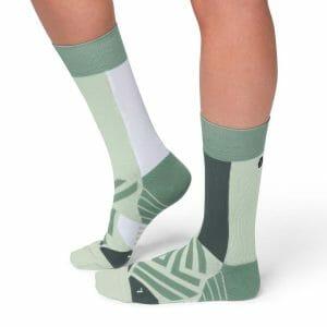Fitness Mania - On Womens Running High Socks - Mineral/White