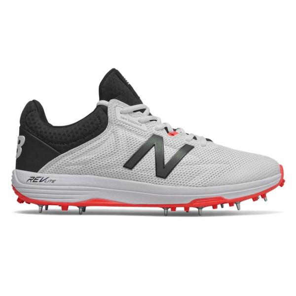 Fitness Mania – New Balance 10v4 – Mens Cricket Shoes – White/Black/Red